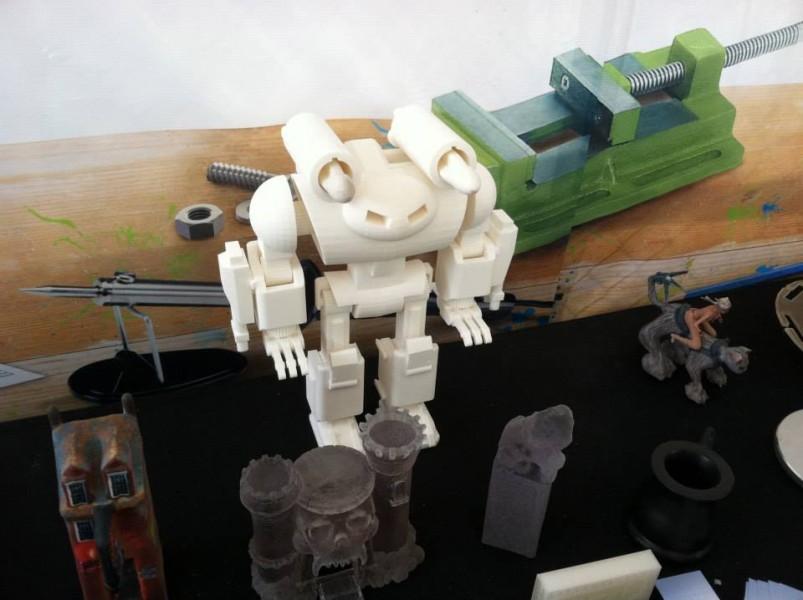 Ứng dụng tạo mẫu nhanh-in 3D trong việc chế tạo Robot