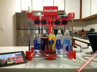 robot bartender may pha do uong lam tu may in 3d