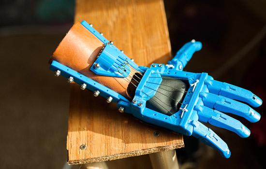 Mẫu bàn tay giả được in 3D từ Tổ chức Enabling the future