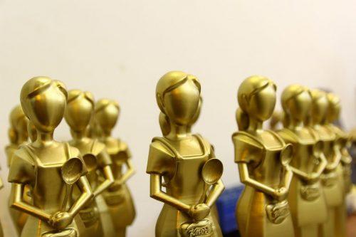 Chiếc cup Knorr này được sử dụng làm kỷ niệm chương trong chương trình Cơm ngon con khỏe mùa 2.