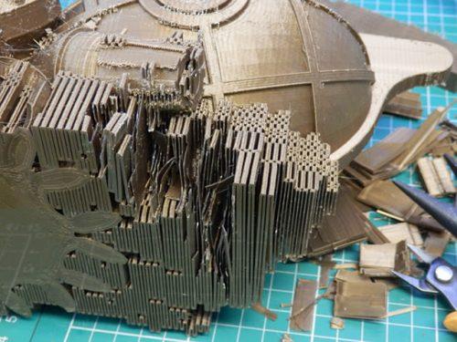 Phần nhựa in dùng làm giá đỡ ( support) cho mô hình