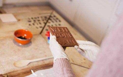 làm khuôn socola 3d, máy tạo khuôn chocolate mini