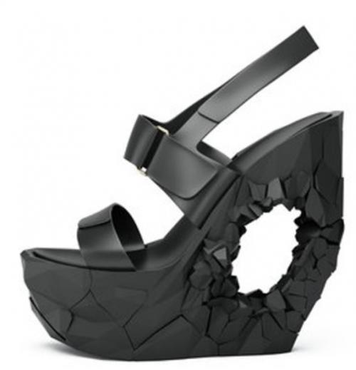 Tạo kiểu giày đa dạng với in 3D