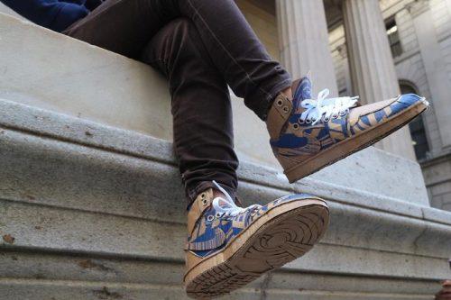 Đôi giày giấy