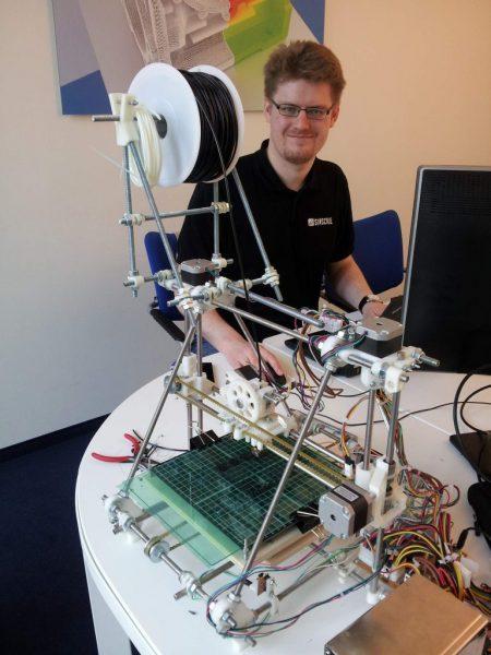 Máy in 3D reprap nguyên gốc